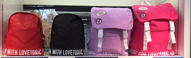 lovetoxic2